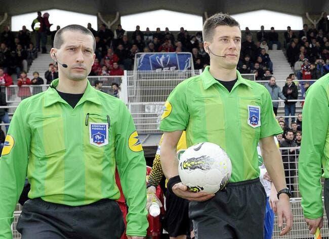 L'arbitre d'ASSE-Lorient s'explique sur l'arrêt du match