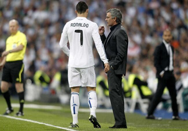 Vidéo : Le but historique de Cristiano Ronaldo émerveille Mourinho
