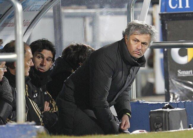 Vidéo : Mourinho insulte les délégués de l'UEFA pour une histoire de ballon