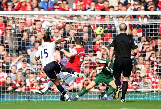 Vidéo : L'arbitre a-t-il célébré le but de Tottenham à Arsenal ?