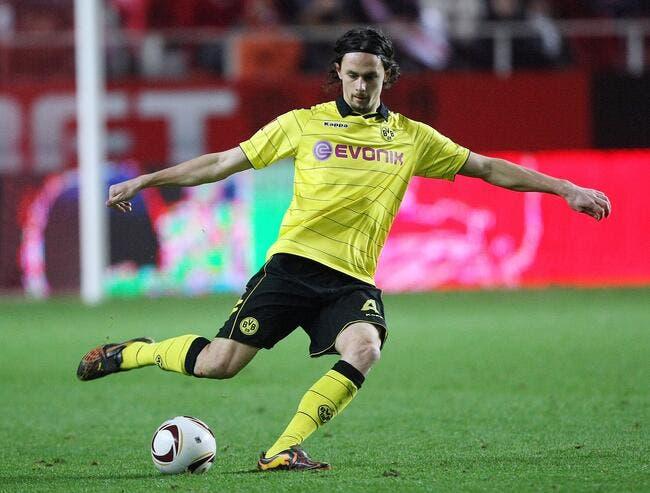Le PSG prêt à mettre 17 ME sur un défenseur serbe