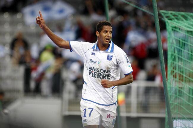 Brest pense à Jemaa pour remplacer Nolan Roux