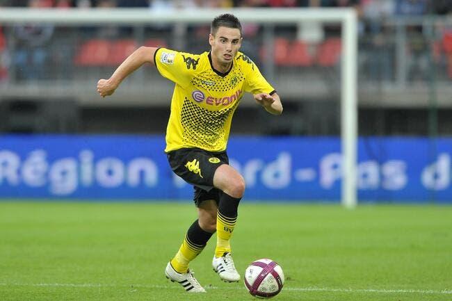 Nantes recrute deux attaquants sur le tard