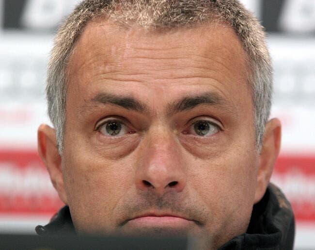 Mourinho veut que le Real Madrid soutienne publiquement Abidal