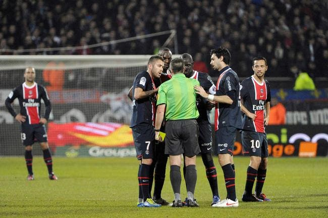 Le PSG mal-aimé des arbitres selon Menez