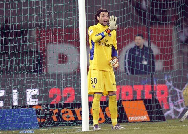 Au PSG, Sirigu craint plus Roux que Giroud