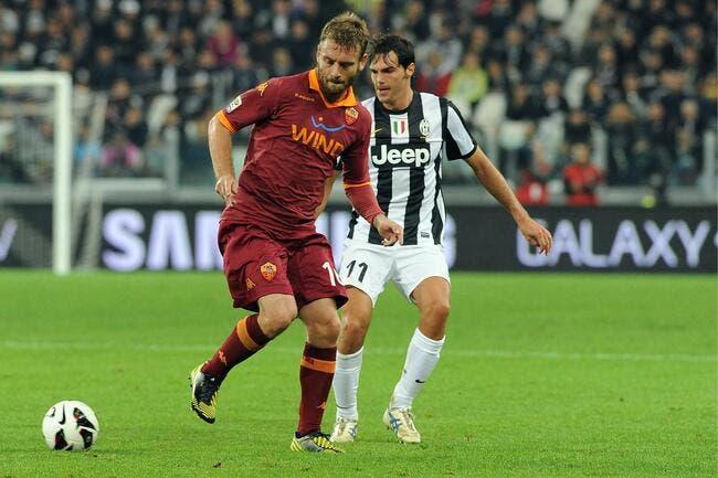 La Roma attend des offres du PSG et de City pour De Rossi