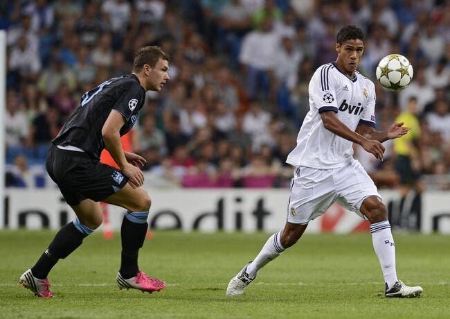 Au top avec le Real Madrid, Varane veut voir la vie en Bleu