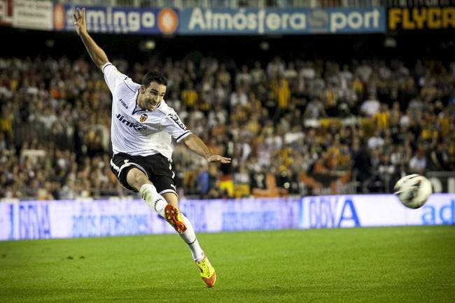 Vidéo : Rami marque un but de 53 mètres avec Valence