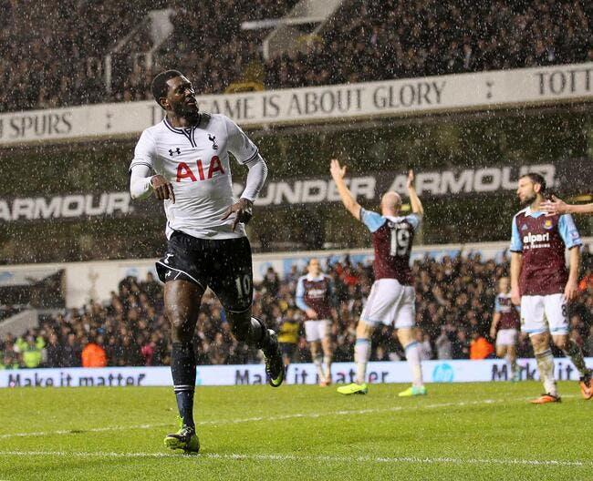 Le revenant Adebayor remet Tottenham sur les rails
