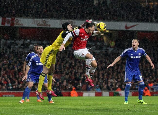 Chelsea bloque Arsenal, Liverpool passe leader