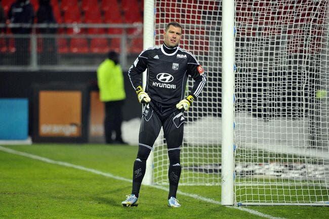 Le gardien de l'OL plaide non coupable pour le but de Lorient