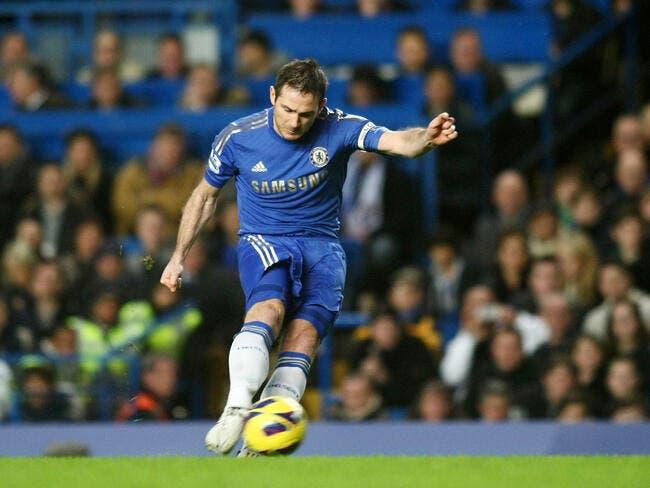 Chelsea lâche presque le titre, Newcastle coule sous l'œil de Debuchy