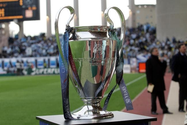 Football ligue des champions tf1 remporte la finale de la ligue des champions foot 01 - Finale coupe de la ligue des champions ...
