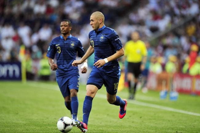 Pierre Ménès démonte Evra et Benzema pour le même prix