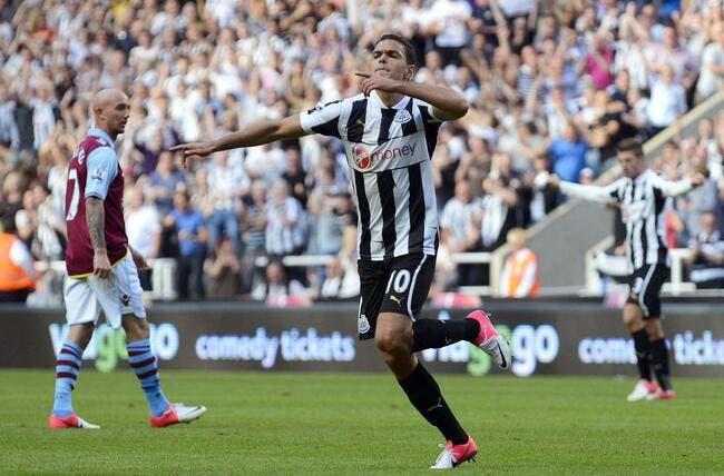 Ben Arfa sort avec le maillot du PSG et ça énerve Newcastle