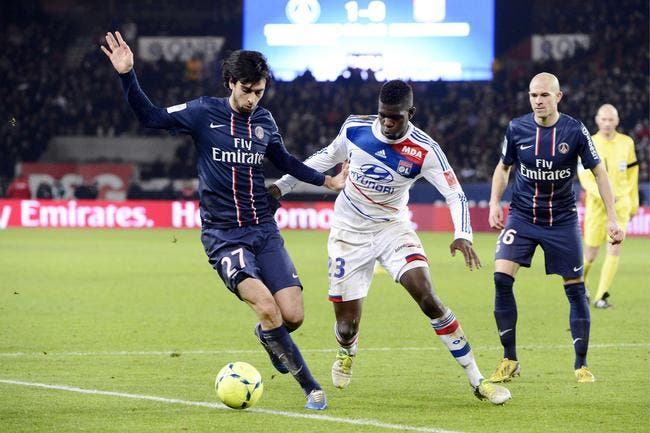foot psg umtiti et l 39 ol ne tremblent pas devant la montagne psg olympique lyonnais foot 01. Black Bedroom Furniture Sets. Home Design Ideas