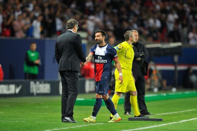 Poussé vers la sortie au PSG, Lavezzi aurait choisi son club