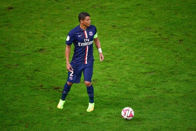 Thiago Silva titulaire avec le PSG, Blanc se justifie
