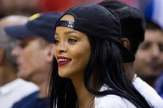 Rihanna veut s'offrir Liverpool, il y a de quoi être red