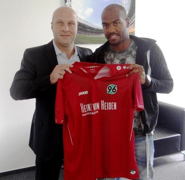 Officiel : J. Briand signe en Allemagne