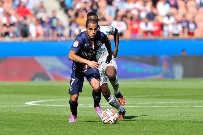 Le PSG s'est raté gravement avec Lucas prétend Rothen