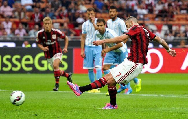 Ménez marque, le Milan AC débute bien