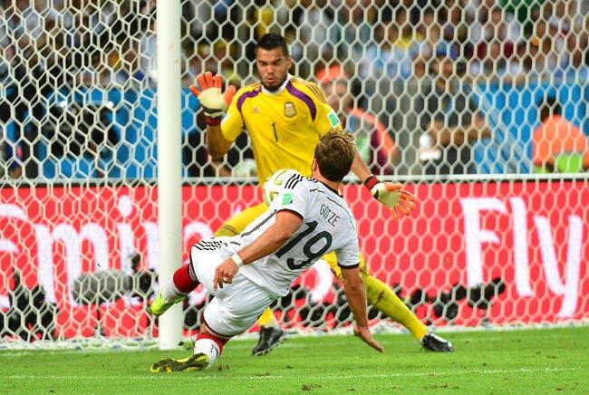 Mondial 2014 : LA chaussure du héros allemand vaut 2ME
