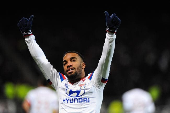 Lacazette et l'OL disent encore merci à Thierry Henry