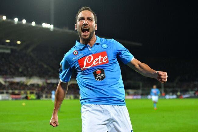 Naples arrache la Super Coupe au bout du suspense !
