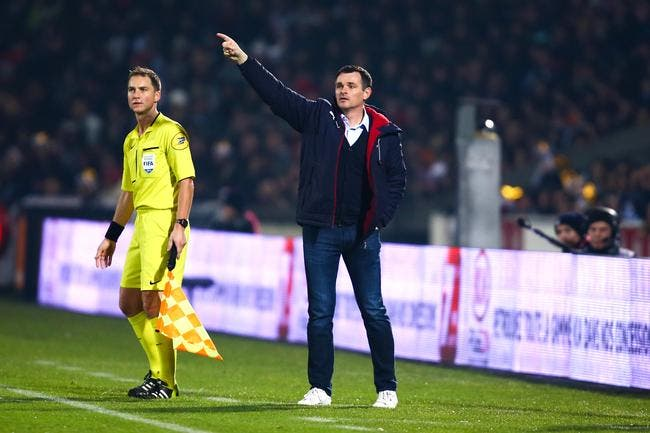 Sagnol allume ses joueurs à Bordeaux