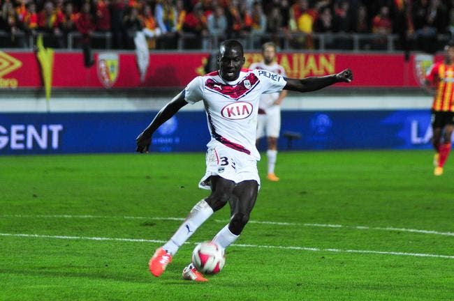 Officiel : Bordeaux fait passer pro Yambéré