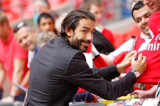Robert Pires retourne s'entraîner à Arsenal