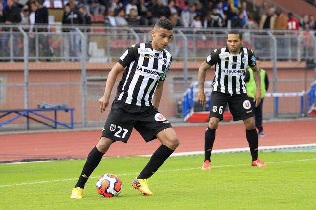 Un club de L1 vient concurrencer l'OM pour Boufal