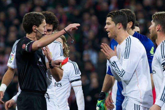 Expulser Cristiano Ronaldo coûte très cher à l'arbitre