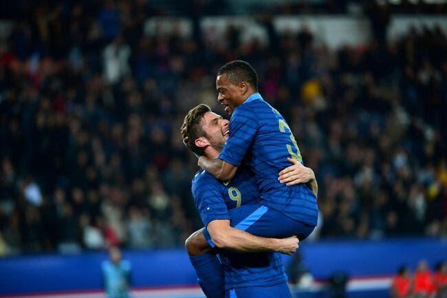 Pierre Ménès détruit Giroud et Evra