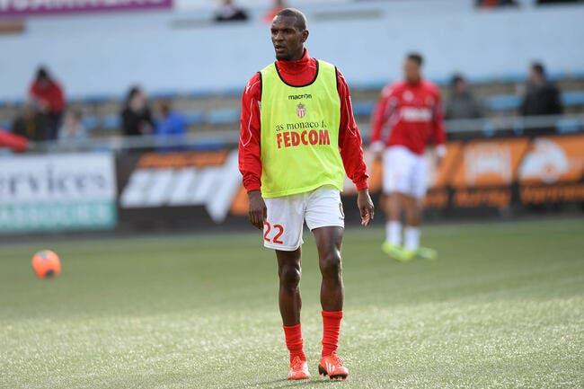 Officiel : L'ASM prolonge Abidal et Carvalho jusqu'en 2015