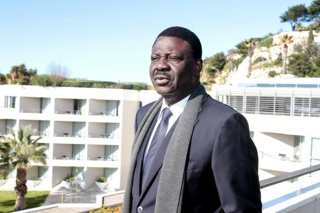 Les consultants détruits par Pape Diouf