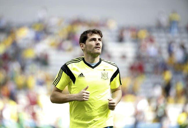 Barré au Real, Casillas fait coucou au PSG