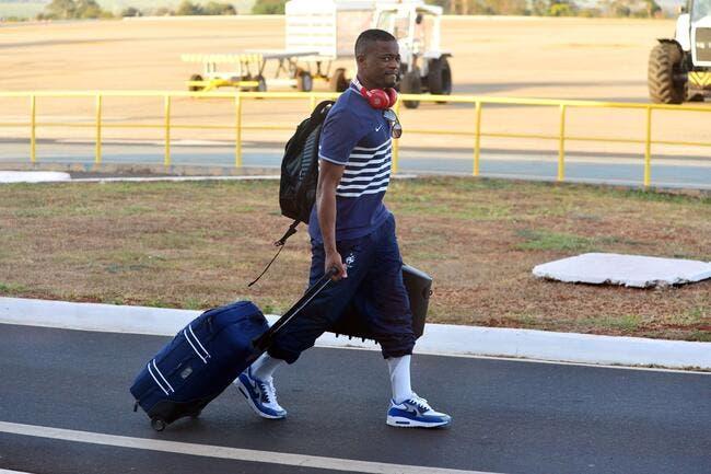 Evra signe lundi à la Juventus