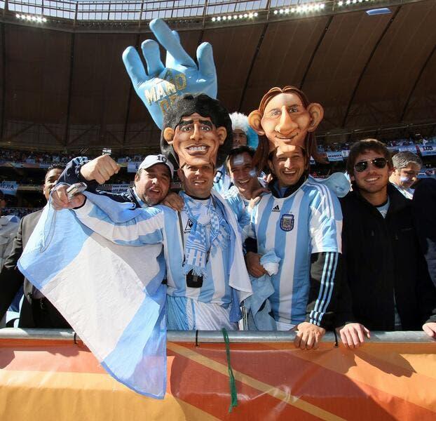 Maradona règle ses comptes en utilisant Messi