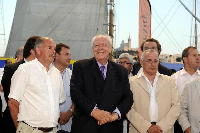 Dieu soit loué, le Vélodrome aussi, la paix arrive à Marseille !
