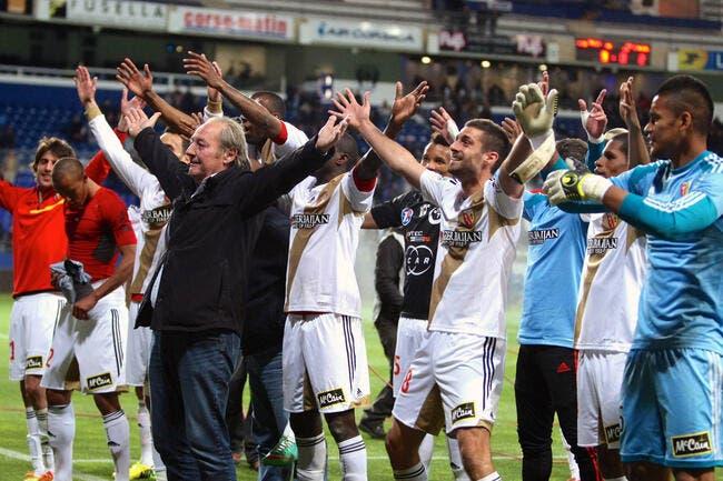 Officiel : La FFF valide la montée du RC Lens en Ligue 1 !