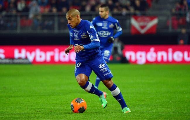Bordeaux laisse filer Fernando pour s'attaquer à Khazri