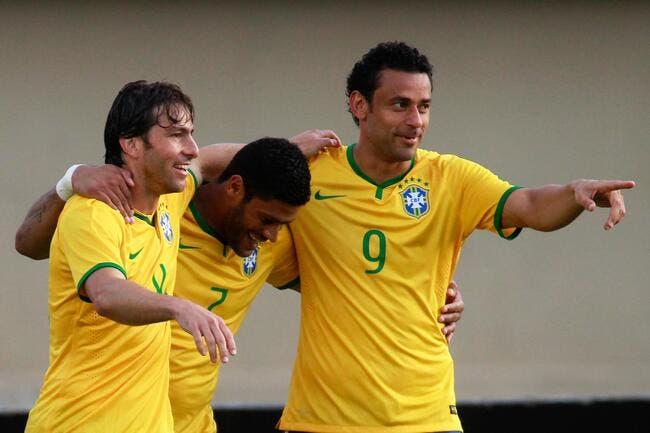 Fred remercie Lyon, mais suit surtout le PSG