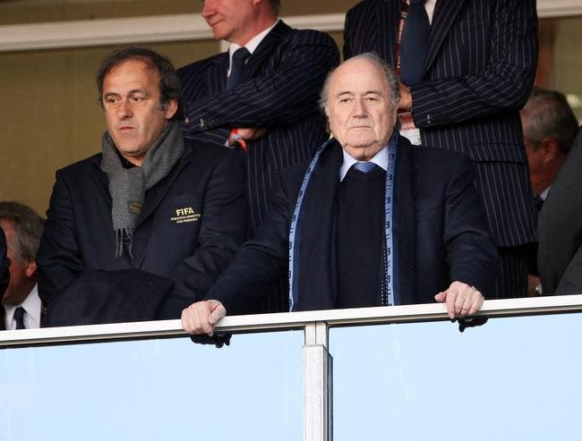 Blatter se représente à la FIFA, c'en est trop pour Platini
