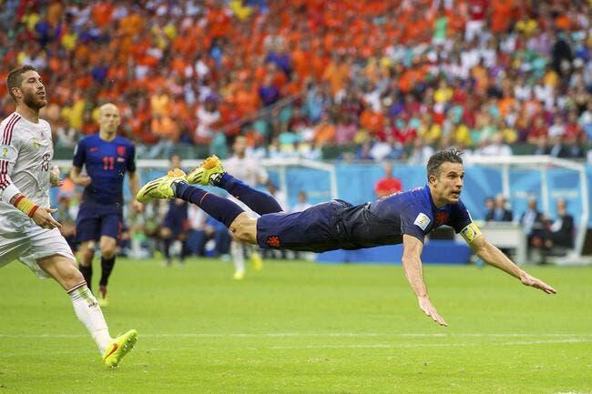 Les Pays-Bas atomisent l'Espagne d'entrée de jeu