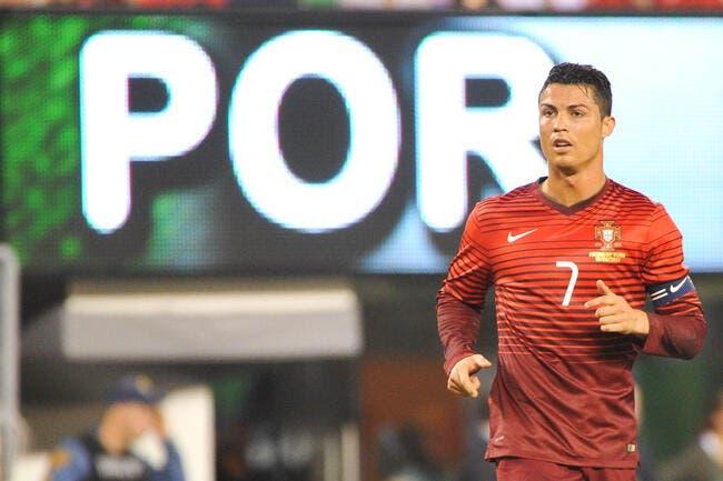 Cristiano Ronaldo se la joue CR7 avant Portugal-Allemagne