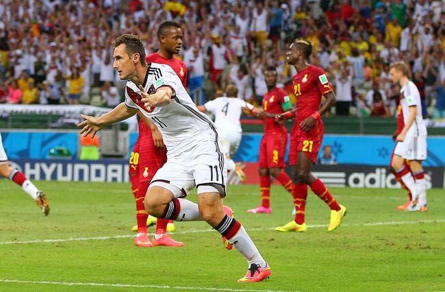 L'Allemagne et le Ghana régalent, Klose dans l'histoire