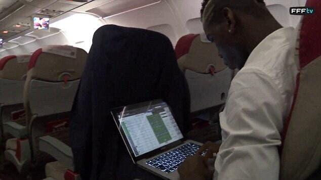 Paul Pogba à Chelsea, une «preuve» tirée par les cheveux